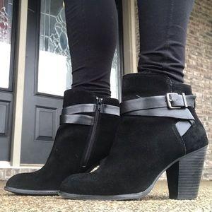 Gianni Bini Black Suede booties size 10